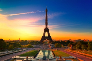 eiffel-tower-right_content-505