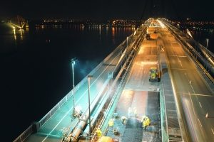 forth-road-bridge-at-night-right_content-395